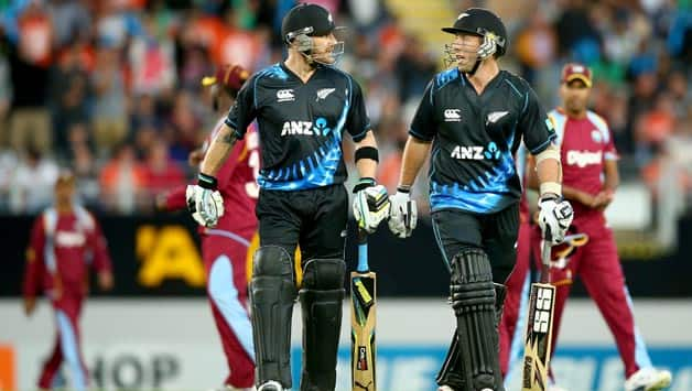 Brendon McCullum (left) was unbeaten on 60 and Luke Ronchi was on 48 © Getty Images