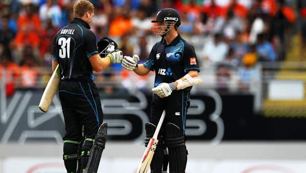 Martin Guptill (left) and Kane Williamson put up a good stand for the second wicket © Getty Images