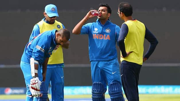 Shikhar Dhawan (second from left) and Rohit Sharma's (second from right) partnership lasted only 4.3 overs in the fifth ODI against New Zealand © Getty Images