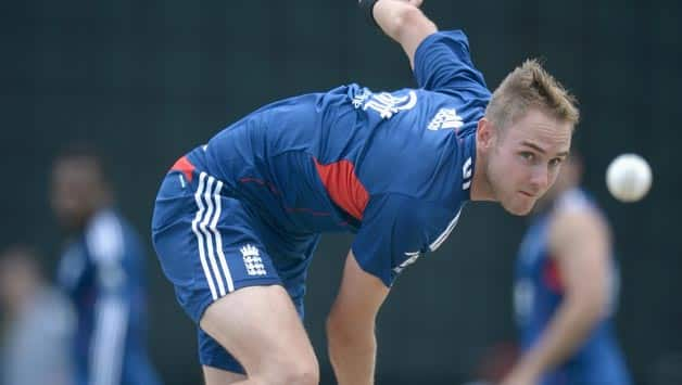 Stuart Broad has the responsibility of leading an England fightback © Getty Images