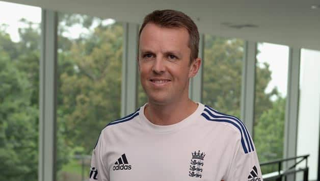 Graeme Swann shocked the cricketing world with his retirement in December 2013 © Getty Images