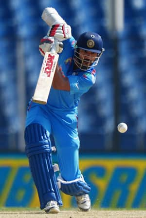 Shikhar Dhawan top-scored for India with 94 runs © AFP