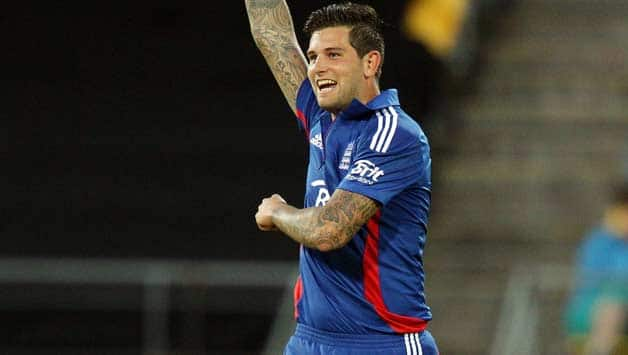 Jade Dernbach plays mainly T20 cricket for England © Getty Images