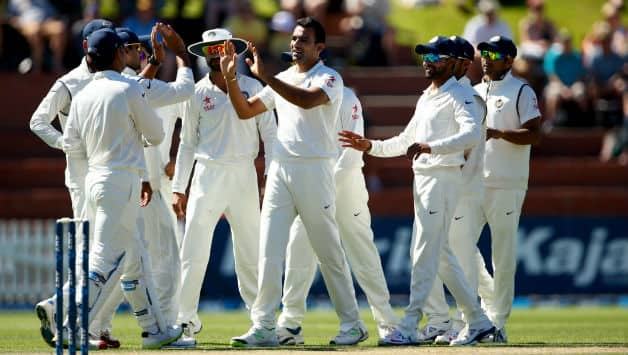 Zaheer Khan's (centre) early burst put New Zealand in trouble © Getty Images