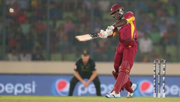 Darren Sammy (batting in picture) smashed two consecutive sixes off James Faulkner to seal an exciting game for West Indies © Getty Images (File pic)
