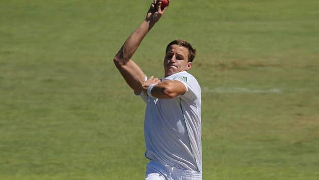 Morne-Morkel-of-South-Africa-bowls-during-day-three-of-the-Second-Test-match-be