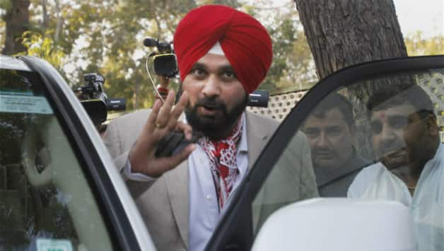 Navjot Singh Sidhu said he will either contest the elections from Amritsar, or else he won't contest them at all © PTI