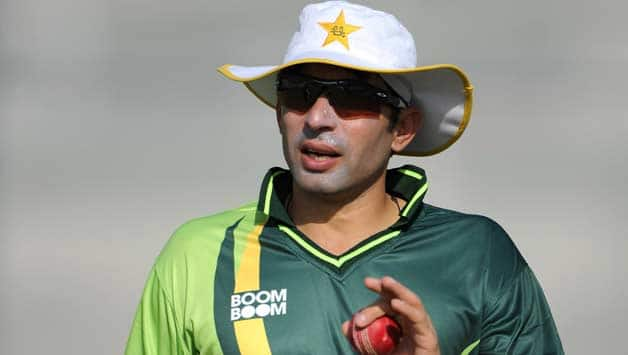 Pakistan-captain-Misbah-ul-Haq-attends-a-nets-session-at-the-ICC-Global-Academy-on-January-2