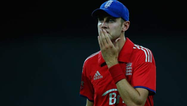 Stuart-Broad-of-England-shows-hi