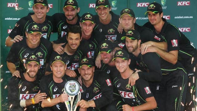 The-Australian-team-pose-with-the-trophy-as-they-celebrate-thier-series-victory-after-gam