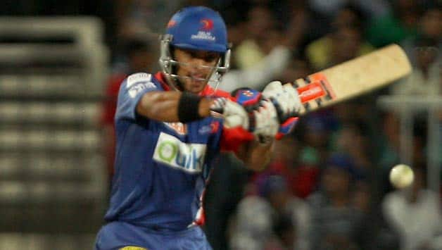 JP Duminy once again stood firm for Delhi Daredevils in the tense chase of 167 © IANS