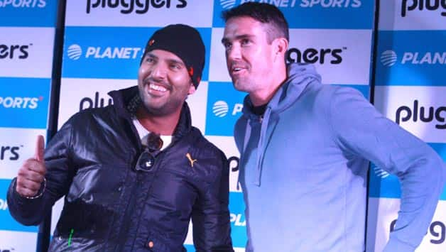 Yuvraj Singh (left) and Kevin Pietersen are good friends off the field © IANS