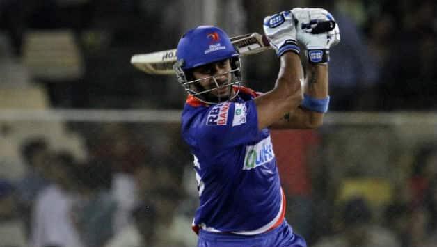 Manoj Tiwary scored some valuable runs in the last game for Delhi © PTI