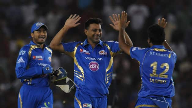 Mumbai Indians need to win their remaining two matches to stand a chance to qualify for playoffs © IANS