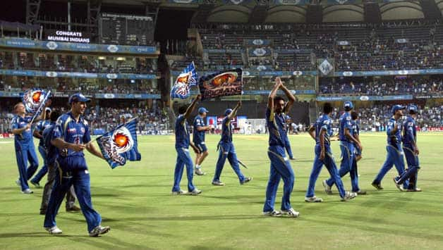 BCCI sources indicated that though MCA had written to the IPL GC that it would meet all the demands, a written permission from Mumbai police to allow bursting of fire crackers past 10 pm was not provided © IANS