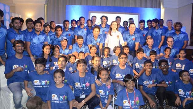 Mumbai-Indians-team-at-the-launch-of-the-initiative-``Education-For-All``-for-underprivileged-kids-in-Mumbai--2