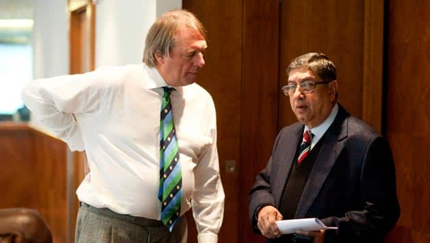 N Srinivasan (let) and Giles Clarke © Getty Images