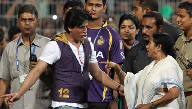 Mamata Banerjee (right) travelled with Shahrukh Khan to the jam-packed Eden Gardens when KKR won the title in 2012 © PTI