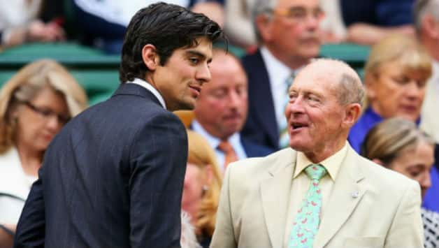Geoffrey Boycott termed Alastair Cook as stubborn © Getty Images