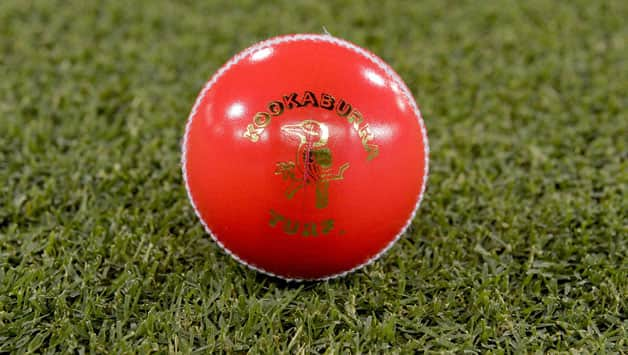 Pink cricket ball © Getty Images
