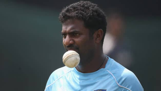 Muttiah Muralitharan (above) will also help the Australian batsmen learn to play spinners, believes Brad Hodge © Getty Images