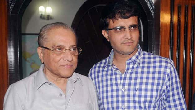 In the past, Jagmohan Dalmiya (left) did not have a good working relationship with Sourav Ganguly © IANS