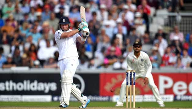 Ian Bell and Gary Ballance took England to a dominating position at stumps on Day One © Getty Images