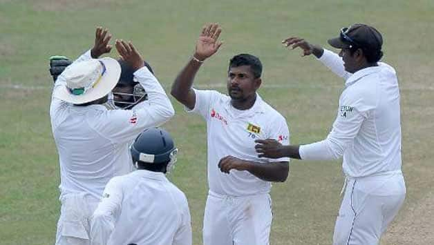 Sri Lanka are on the verge of bowling Pakistan out © AFP