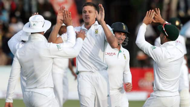 Zimbabwe won the first session against South Africa on day four © AFP