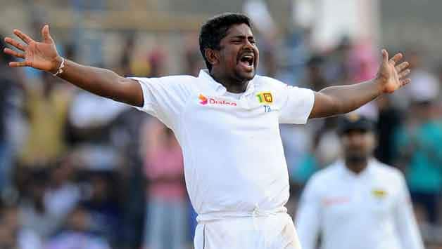 Rangana Hearth ran throught the Pakistan batting in the second innings at Galle © AFP