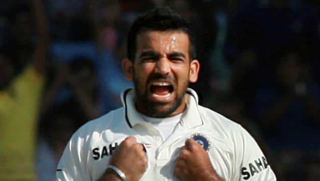 MS Dhoni insists Zaheer Khan is fit