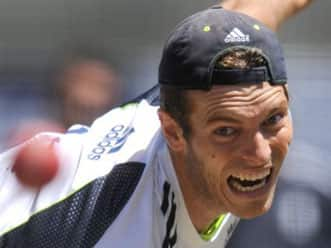 England ask for Chris Tremlett as Broad's replacement