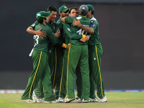 ICC World T20 2012: Pakistan qualify for semi-final