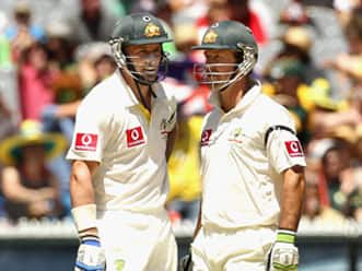 Ponting, Hussey steady Australia after Yadav's strikes