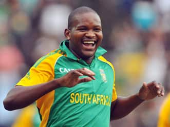 Lonwabo Tsotsobe moves up in ICC ODI rankings