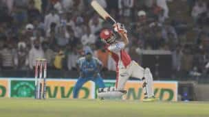 IPL 2013: Kings XI Punjab vs Pune Warriors India at PCA Stadium