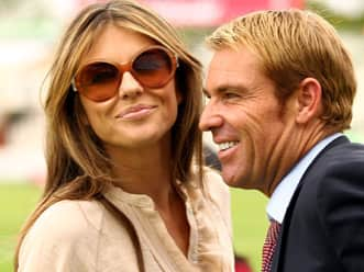 Shane Warne and I are not rushing into marriage: Elizabeth Hurley