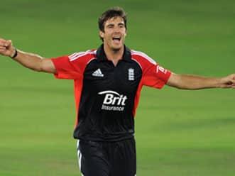 Steven Finn hattrick helps England crush Hyderabad