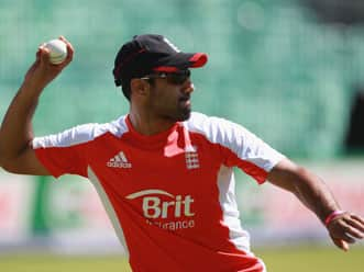 Bopara likely to replace Collingwood in England Test squad