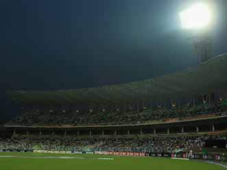 RCB's must-win match attracts 10000 frenzied fans