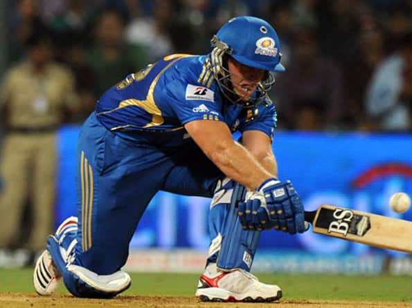 Live Cricket Score IPL 2012: Mumbai Indians vs Rajasthan Royals- Rajasthan need 198 to win
