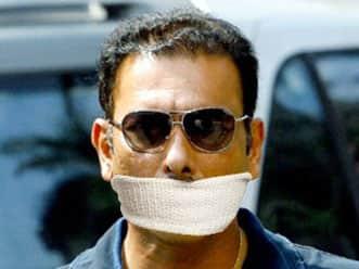 Satire: Shastri kidnapped ahead of Sachin Tendulkar's 100th ton; released later!