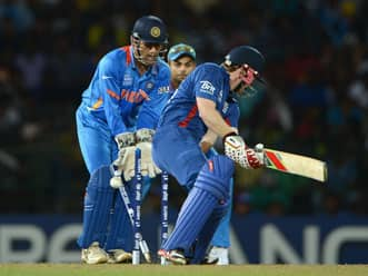 ICC World T20 2012: Harbhajan, Chawla put India in command against England in ICC World T20 match