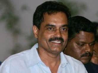 Vengsarkar, Rhodes approached to raise cricket standard in Hyderabad
