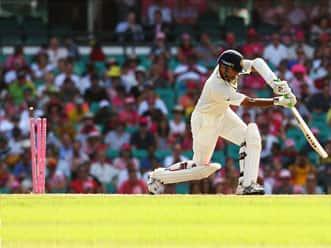 Rahul Dravid's reflexes have weakened, opine experts