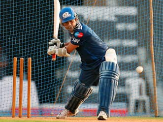 Sachin Tendulkar will have a good day, but things don't look good for Mumbai