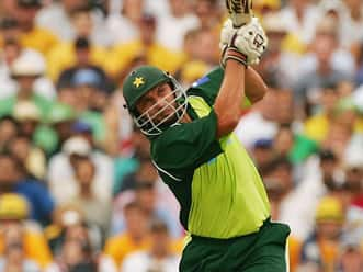 Shahid Afridi hammers fastest ton in ODIs, including 90 in 17 scoring strokes!