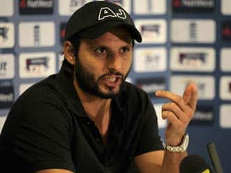 Shahid Afridi urges Pakistan fans to pray for team's success