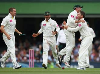Australia beat India by an innings and 68 runs at SCG