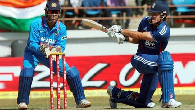 India vs England 2012-13: Alastair Cook still believes Virender Sehwag India's dangerman